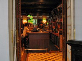Raffles Hotel: The Long Bar
